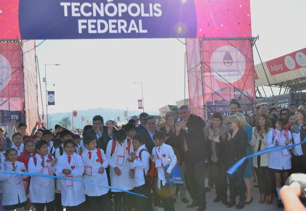El Gobernador Gerardo Morales en Tecnolópolis Federal