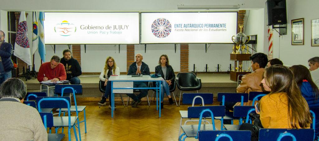 Martín Meyer, titular del EAP,encabezó el encuentro con los directivos de escuelas secundarias.