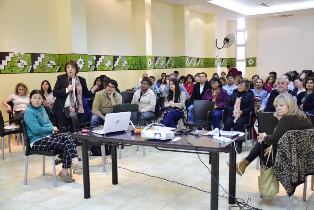 La ministra Calsina expone las políticas prioritarias de Educación ante los rectores de los IES.